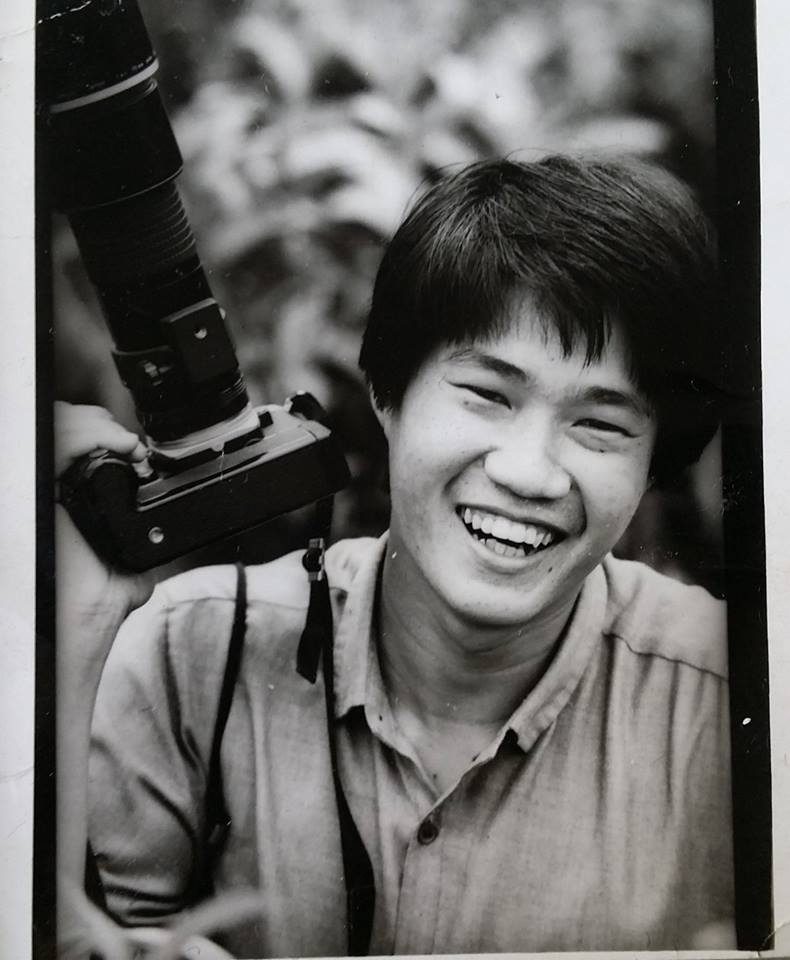Seetoh wielding a camera during his days at Straits Times